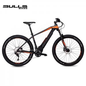Bicicleta eléctrica Bulls E-Stream EVO 3 27.5 Plus en color negro mate y naranja.